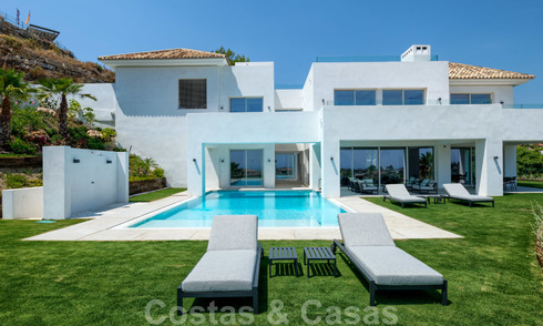 Beautiful contemporary luxury villa with sea and mountain views for sale, Benahavis - Marbella 28044
