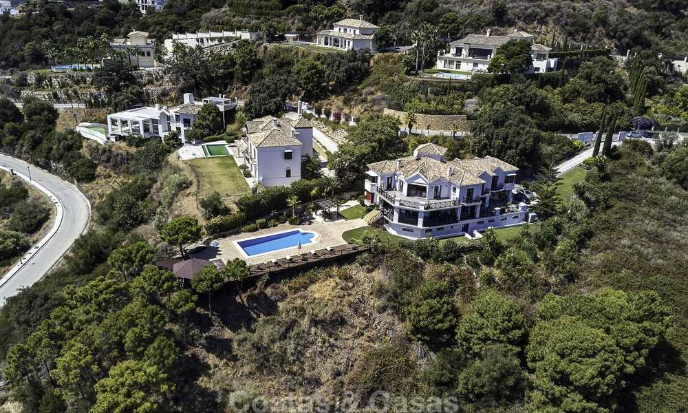 Charming rustic-modern luxury villa for sale with fantastic views in a gorgeous country estate, Benahavis - Marbella 16093