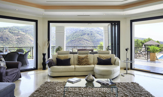 Charming rustic-modern luxury villa for sale with fantastic views in a gorgeous country estate, Benahavis - Marbella 16095