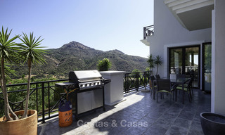 Charming rustic-modern luxury villa for sale with fantastic views in a gorgeous country estate, Benahavis - Marbella 16103