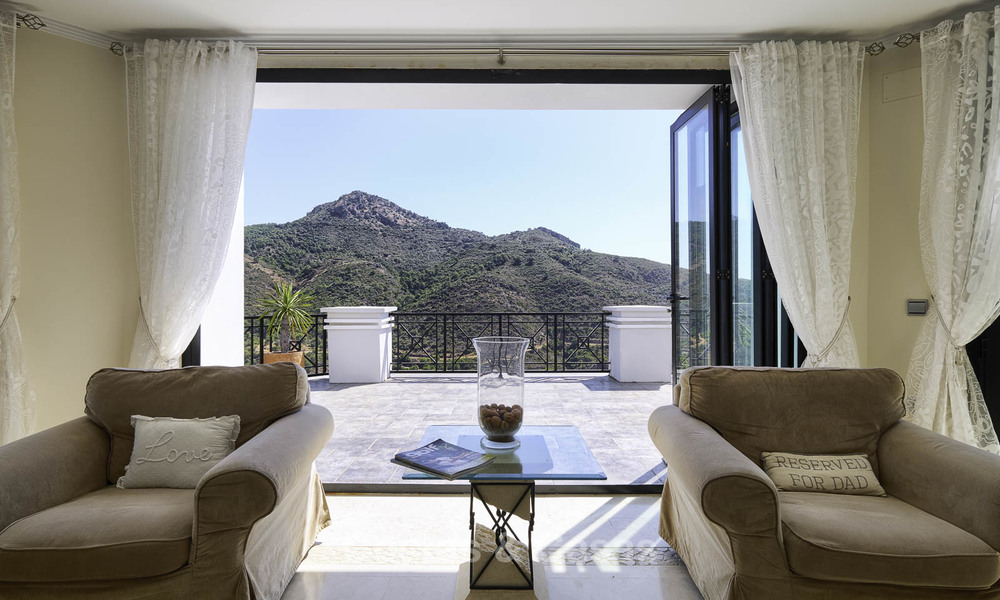 Charming rustic-modern luxury villa for sale with fantastic views in a gorgeous country estate, Benahavis - Marbella 16115