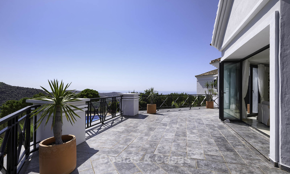 Charming rustic-modern luxury villa for sale with fantastic views in a gorgeous country estate, Benahavis - Marbella 16119
