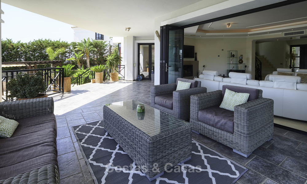 Charming rustic-modern luxury villa for sale with fantastic views in a gorgeous country estate, Benahavis - Marbella 16129