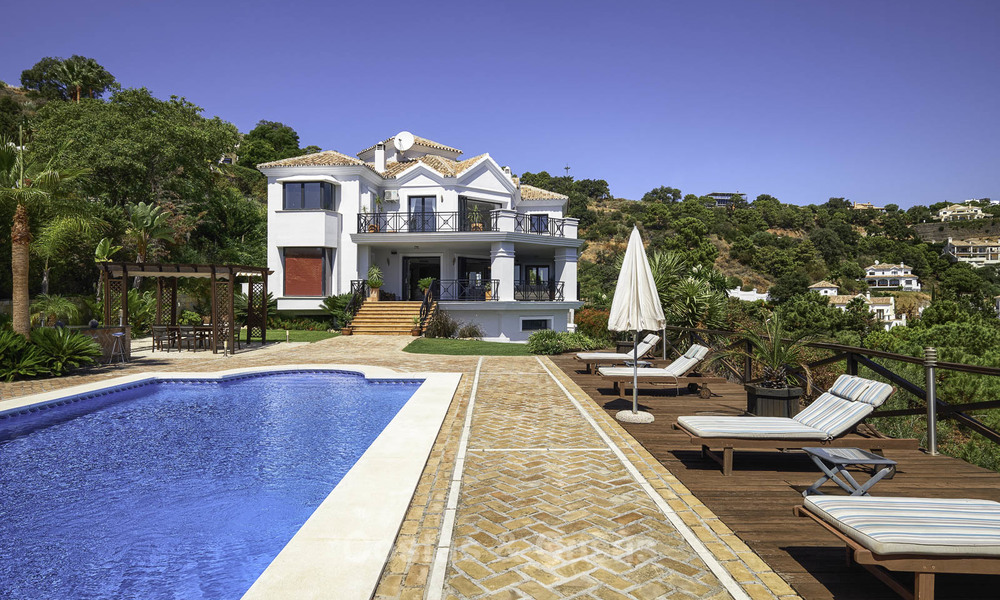 Charming rustic-modern luxury villa for sale with fantastic views in a gorgeous country estate, Benahavis - Marbella 16130