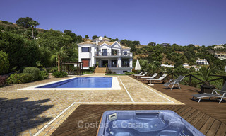 Charming rustic-modern luxury villa for sale with fantastic views in a gorgeous country estate, Benahavis - Marbella 16134