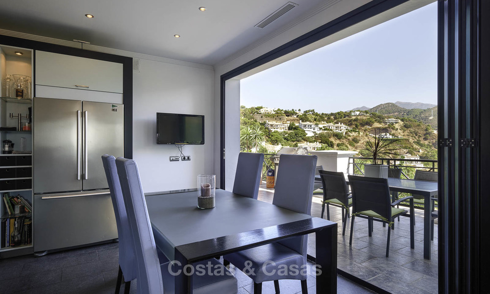 Charming rustic-modern luxury villa for sale with fantastic views in a gorgeous country estate, Benahavis - Marbella 16139