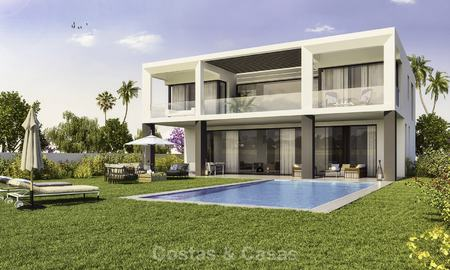 Beautiful new modern luxury villas in a privileged beach side location for sale, Puerto Banus, Marbella 16201