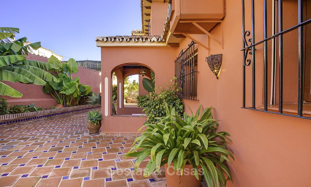 Peaceful Andalusian style villa with separate guest house for sale in the centre of Marbella city 16252