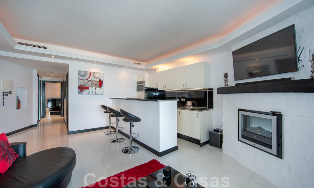 Hip, fully furnished and modernized penthouse apartment for sale, first line in the marina of Puerto Banus, Marbella 28239