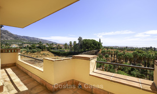 Rare, very spacious 5-bed penthouse apartmentwith sea and mountain views for sale on the Golden Mile in Marbella 16555
