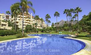 Rare, very spacious 5-bed penthouse apartmentwith sea and mountain views for sale on the Golden Mile in Marbella 16578