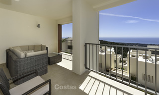 Move-in ready modern 3-bed apartment with spectacular sea and mountain views for sale in Marbella 16847