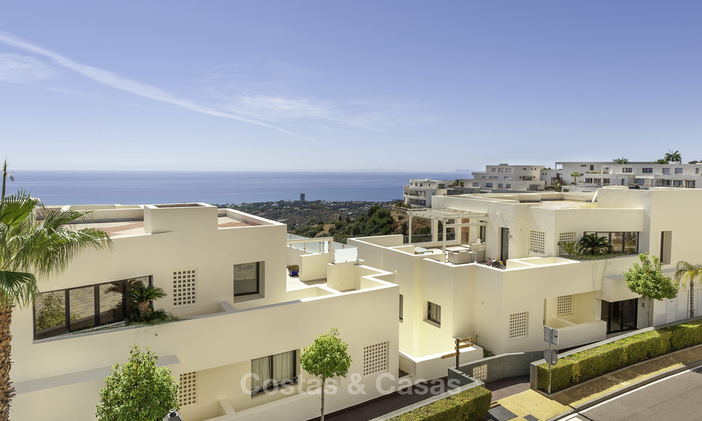 Modern move-in-ready 3-bed luxury apartment with sea and mountain views for sale in Marbella 16870
