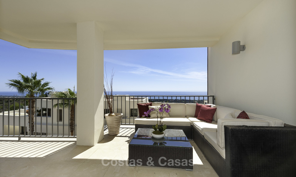 Modern move-in-ready 3-bed luxury apartment with sea and mountain views for sale in Marbella 16888
