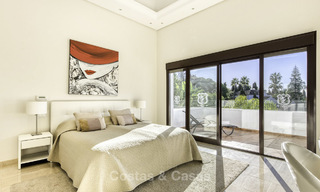 Modern-mediterranean luxury villa with guest quarters for sale, with sea views on the Golden Mile, Marbella 17027