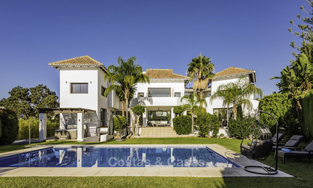 Modern-mediterranean luxury villa with guest quarters for sale, with sea views on the Golden Mile, Marbella 17038