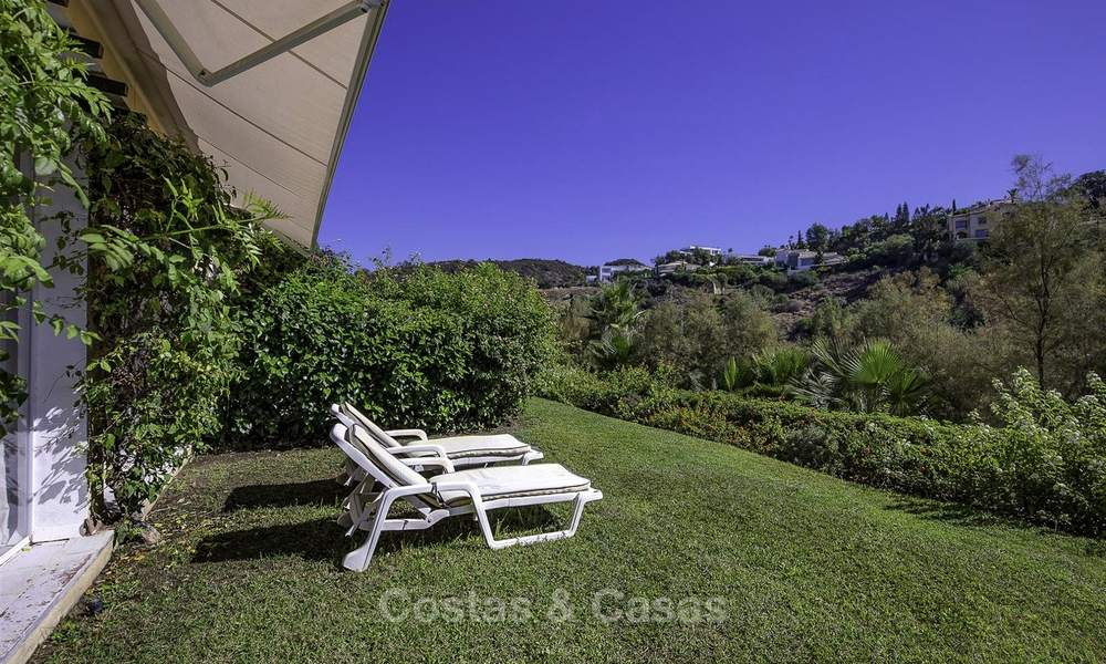 Cosy garden apartment for sale adjacent to a prestigious golf resort in Benahavis - Marbella 17077