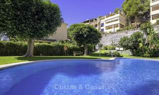 Cosy garden apartment for sale adjacent to a prestigious golf resort in Benahavis - Marbella 17083