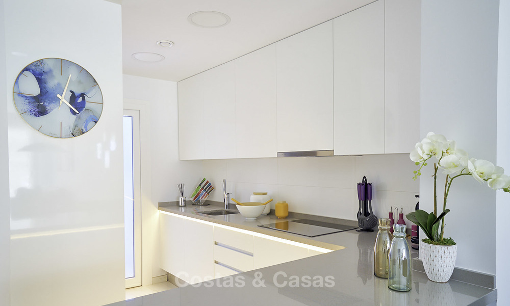 Attractive new modern apartments for sale, walking distance to beach and amenities, between Marbella and Estepona 17354