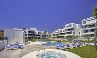 Attractive new modern apartments for sale, walking distance to beach and amenities, between Marbella and Estepona 17365