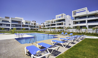 Attractive new modern apartments for sale, walking distance to beach and amenities, between Marbella and Estepona 17368