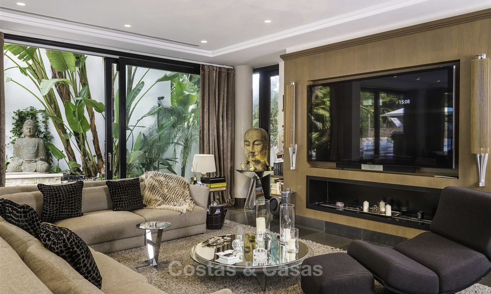 Stunning and unique contemporary luxury villa for sale, in an exclusive beachside urbanisation in East Marbella 17380