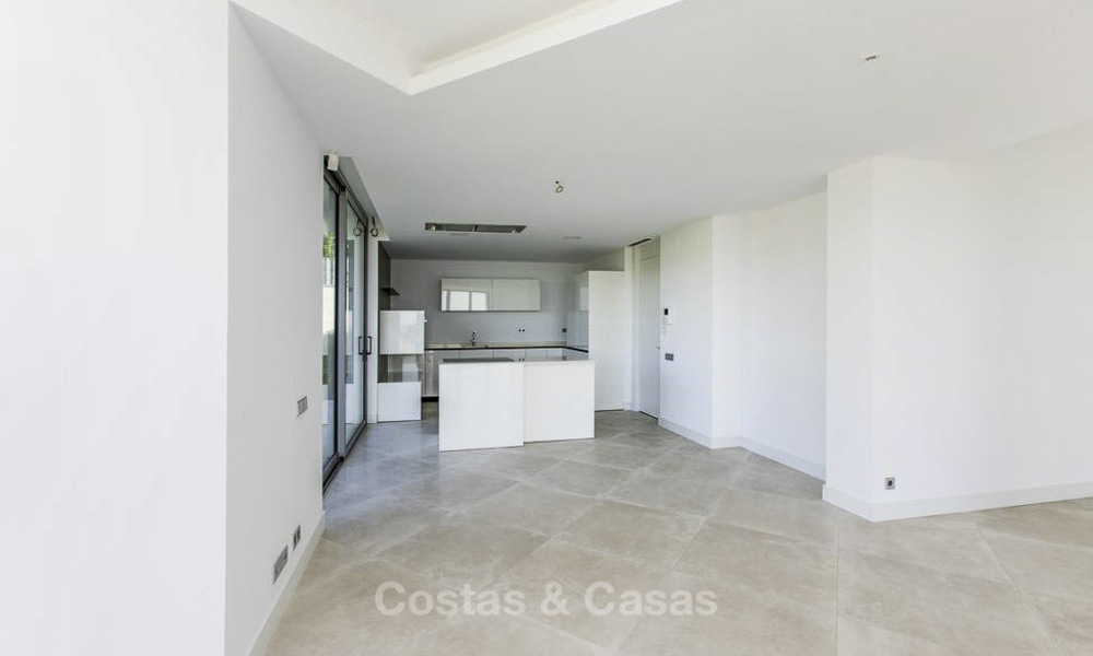 New contemporary designer villa for sale, ready to move into, with sea, golf and mountain views, East Marbella 17511
