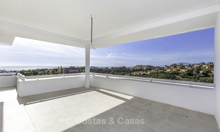 New contemporary designer villa for sale, ready to move into, with sea, golf and mountain views, East Marbella 17517