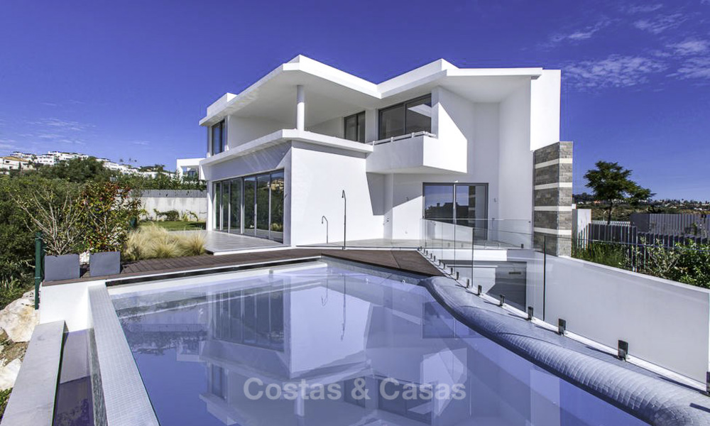 New contemporary designer villa for sale, ready to move into, with sea, golf and mountain views, East Marbella 17537