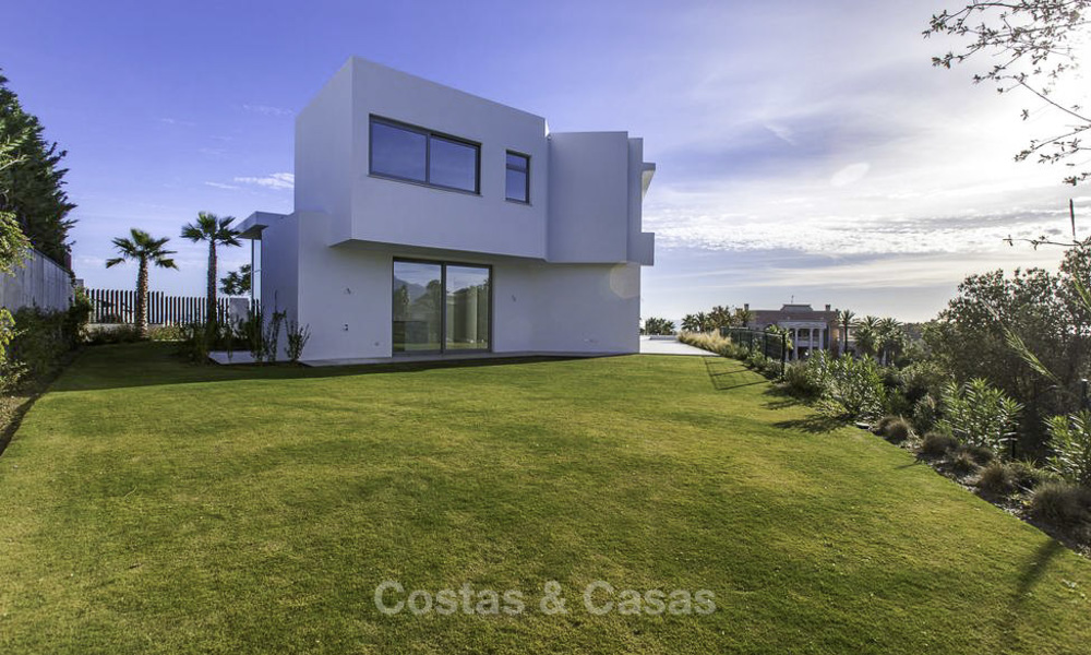 New contemporary designer villa for sale, ready to move into, with sea, golf and mountain views, East Marbella 17541