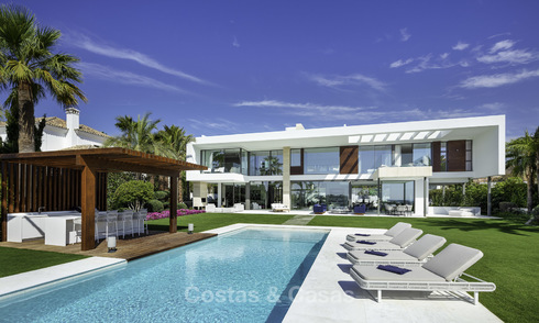 Impressive ultra-modern villa with amazing sea views for sale in Nueva Andalucia's Golf Valley, Marbella 17555