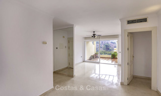 Attractive 3-bed penthouse apartment with spacious terraces and panoramic views for sale, Benahavis - Marbella 17579