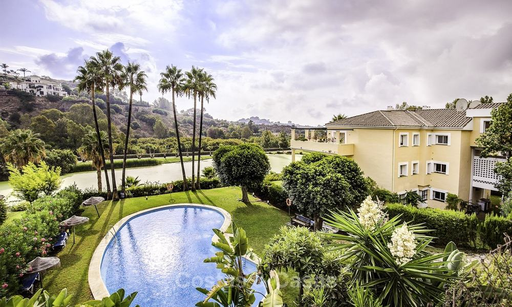 Attractive 3-bed penthouse apartment with spacious terraces and panoramic views for sale, Benahavis - Marbella 17597