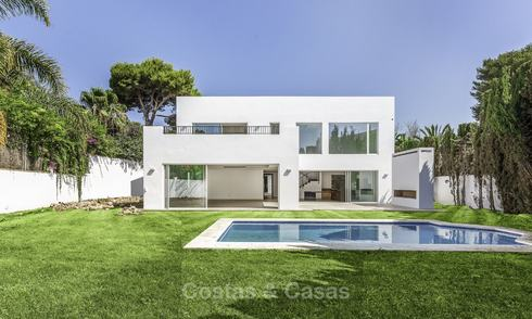 Modern new-built luxury villa for sale, ready to move into, beachside East Marbella 17632