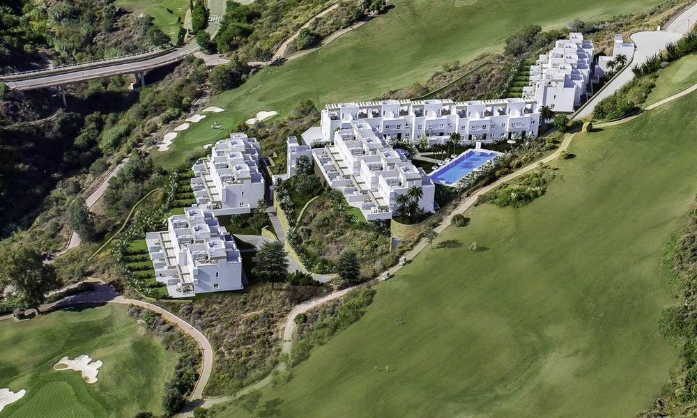 Spacious new built contemporary townhouses for sale, in a championship golf resort in Mijas 17769