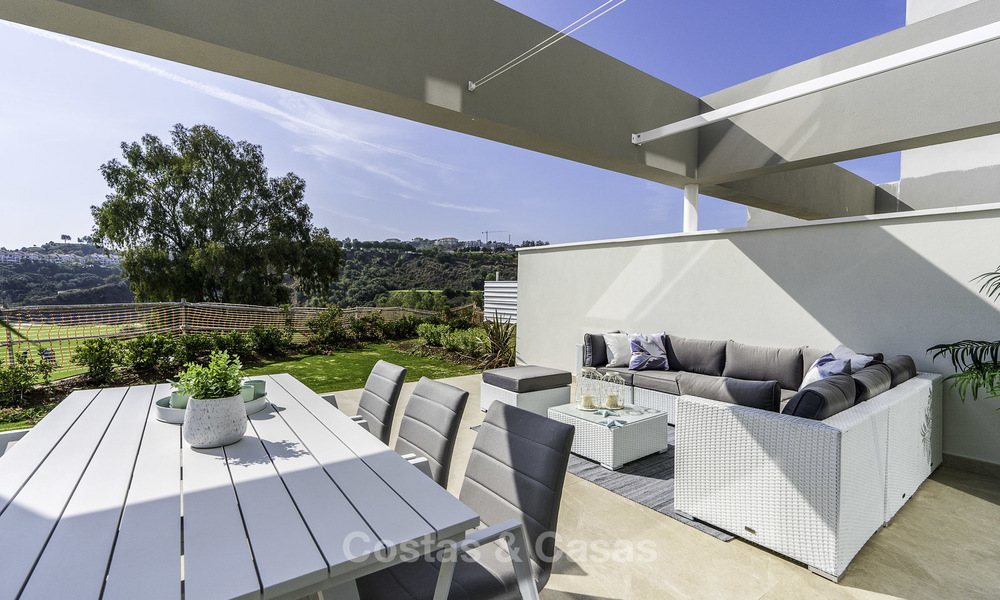 Spacious new built contemporary townhouses for sale, in a championship golf resort in Mijas 17806