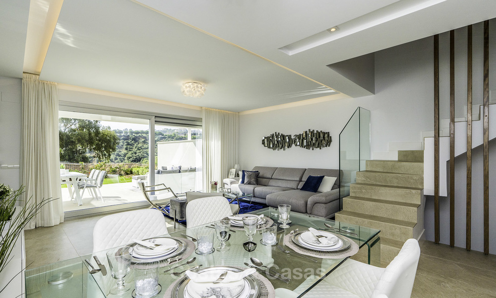 Spacious new built contemporary townhouses for sale, in a championship golf resort in Mijas 17810