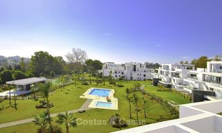 Impressive new built modern penthouse apartment for sale, with sea view, Benahavis - Marbella. Ready to move in. 17932