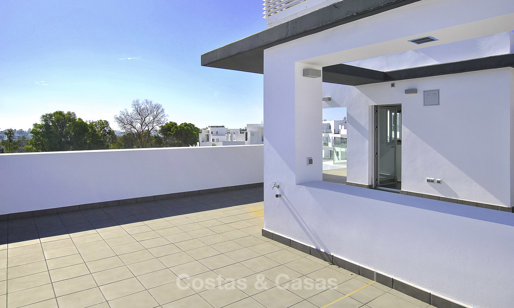 Impressive new built modern penthouse apartment for sale, with sea view, Benahavis - Marbella. Ready to move in. 17933