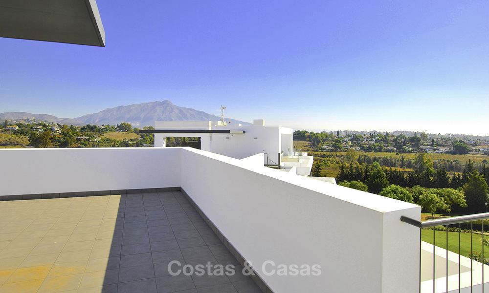 Impressive new built modern penthouse apartment for sale, with sea view, Benahavis - Marbella. Ready to move in. 17935