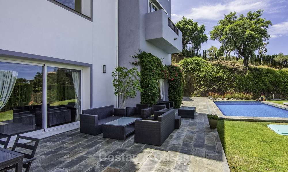 Modern detached luxury villa on a large plot in a peaceful country estate for sale, Marbella East 18125
