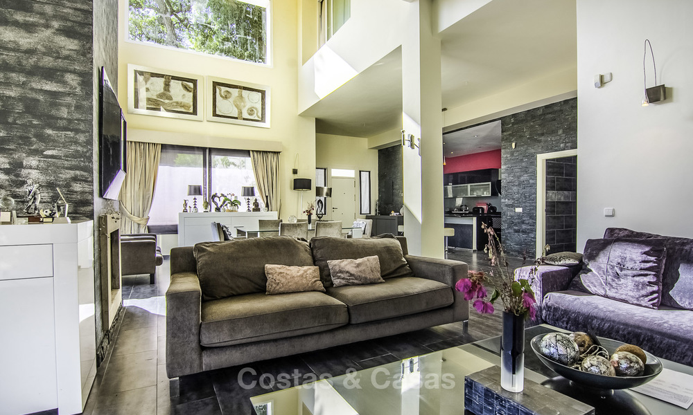 Modern detached luxury villa on a large plot in a peaceful country estate for sale, Marbella East 18137