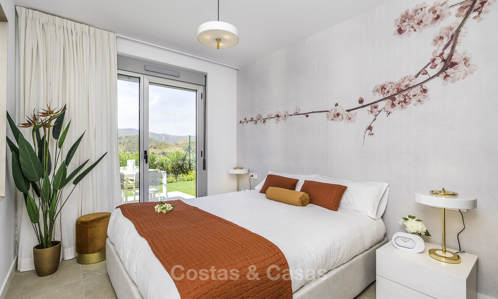 New modern apartments in a superb golf resort for sale, amazing views included! Mijas, Costa del Sol 18106