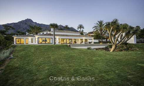 Exquisite modern-Mediterranean luxury villa on one level for sale in Sierra Blanca, Marbella 18261