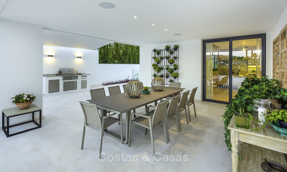 Exceptional, very spacious contemporary luxury villa for sale in the heart of the Golf Valley of Nueva Andalucia, Marbella 18320