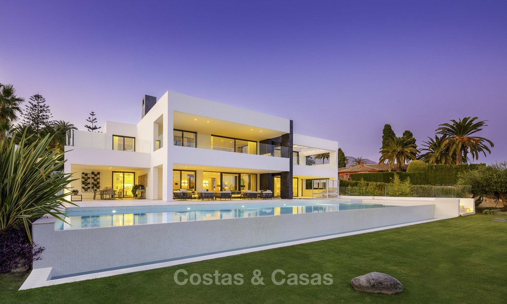 Exceptional, very spacious contemporary luxury villa for sale in the heart of the Golf Valley of Nueva Andalucia, Marbella 18325