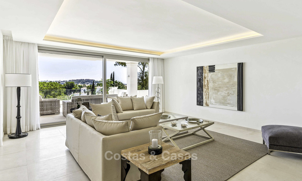 New luxury 4-bedroom apartment for sale in a stylish complex in Nueva Andalucia in Marbella. 18422
