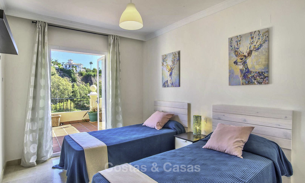 Stylish and bright, recently refurbished penthouse apartment for sale, frontline golf, Benahavis - Marbella 18680
