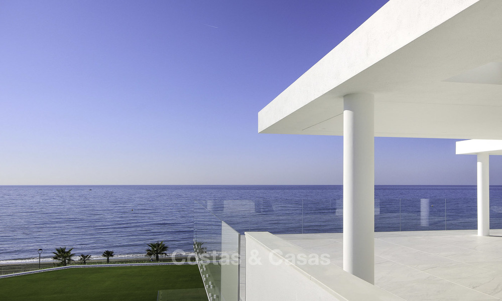 Exclusive new modern design beachfront penthouse for sale, move in ready, on the New Golden Mile, Marbella - Estepona 18849