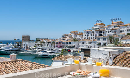 Stunning, fully renovated high end penthouse apartment for sale in the marina of Puerto Banus, Marbella 28523